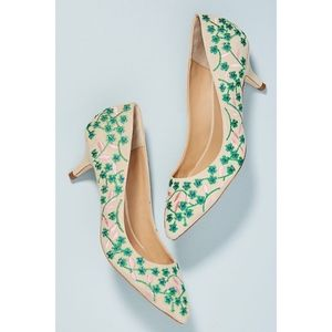 Anthro Floral Vine Embroidered Kitten Heels 9.5
